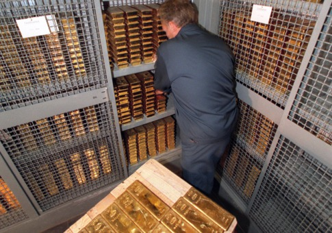 Storing your Physical Gold at Home Tips from a former Cat Burglar